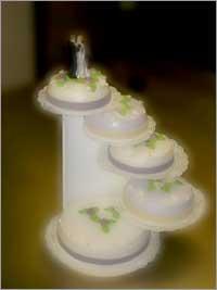 Bruidstaart paars - Bakkerij Akkermans