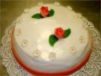 Bruidstaart rode roos- Bakkerij Akkermans